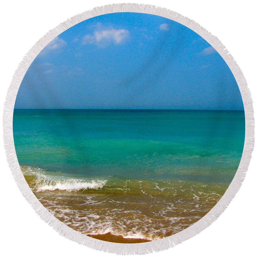 Shoreline Round Beach Towel featuring the photograph Eastern Shore 2 by Anita Lewis