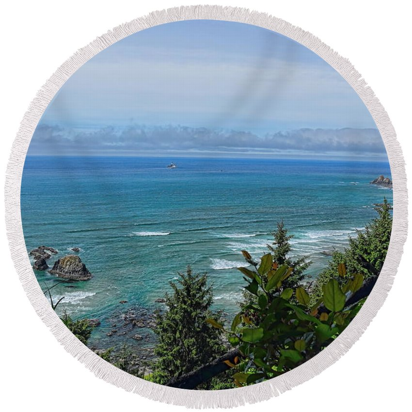 Dale Kauzlaric Round Beach Towel featuring the photograph Ecola State Park by Dale Kauzlaric