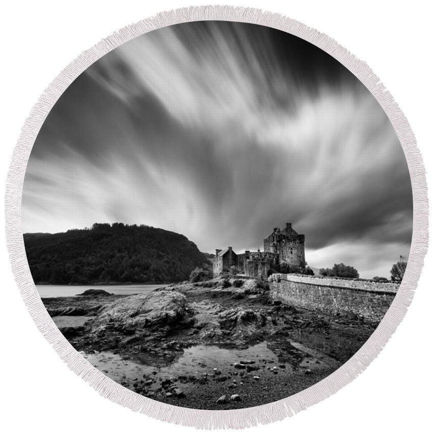 Eilean Donan Castle Round Beach Towel featuring the photograph Eilean Donan Castle 2 by Dave Bowman