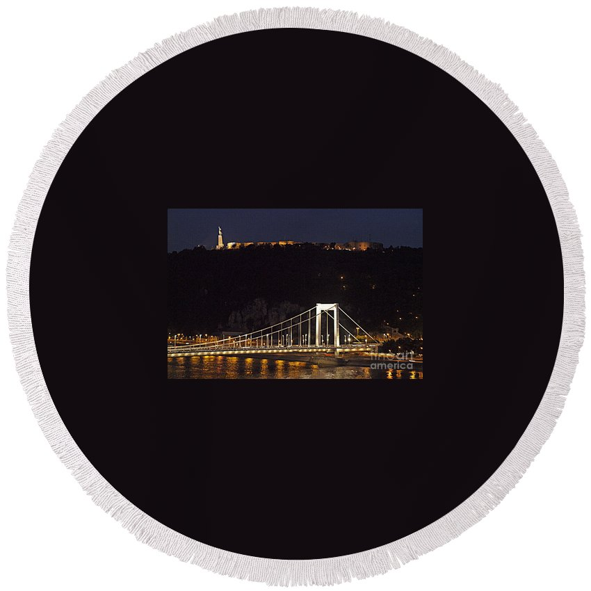 Budapest Round Beach Towel featuring the photograph Elisabeth Bridge Budapest by Howard Stapleton