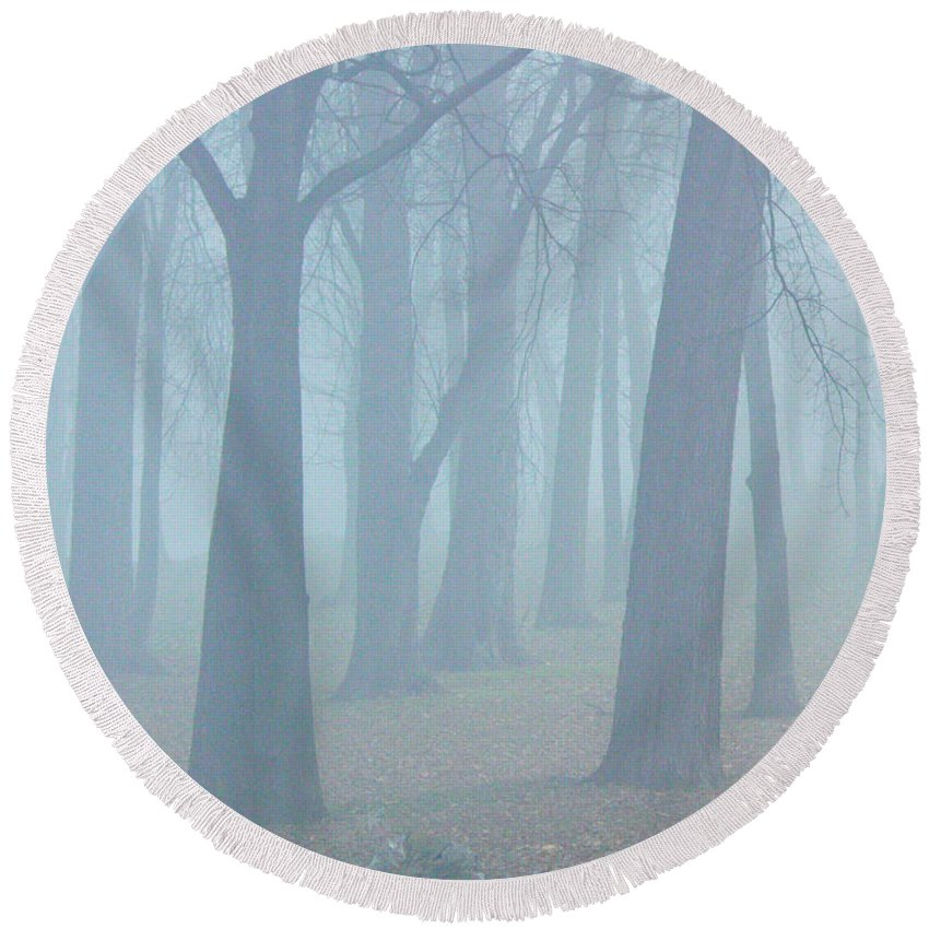 Elkhart Round Beach Towel featuring the photograph Elkhart Fog by Gary Richards