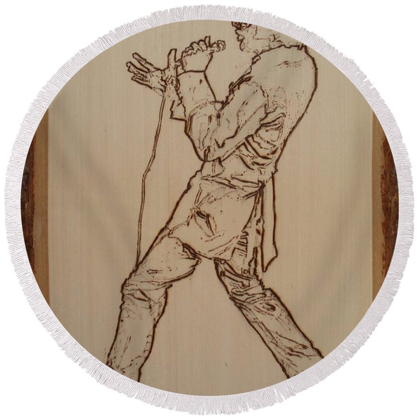 Pyrography Round Beach Towel featuring the pyrography Elvis Presley - If I Can Dream by Sean Connolly