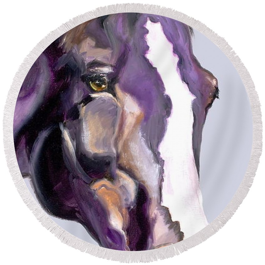 Thoroughbred Round Beach Towel featuring the painting Eye On The Prize by Susan A Becker