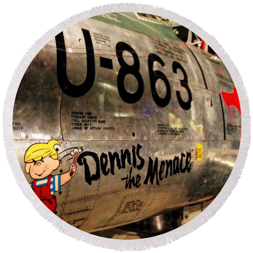 F-86d Sabre Dennis The Menace Round Beach Towel featuring the photograph F-86d Sabre Dennis The Menace by Dan Sproul
