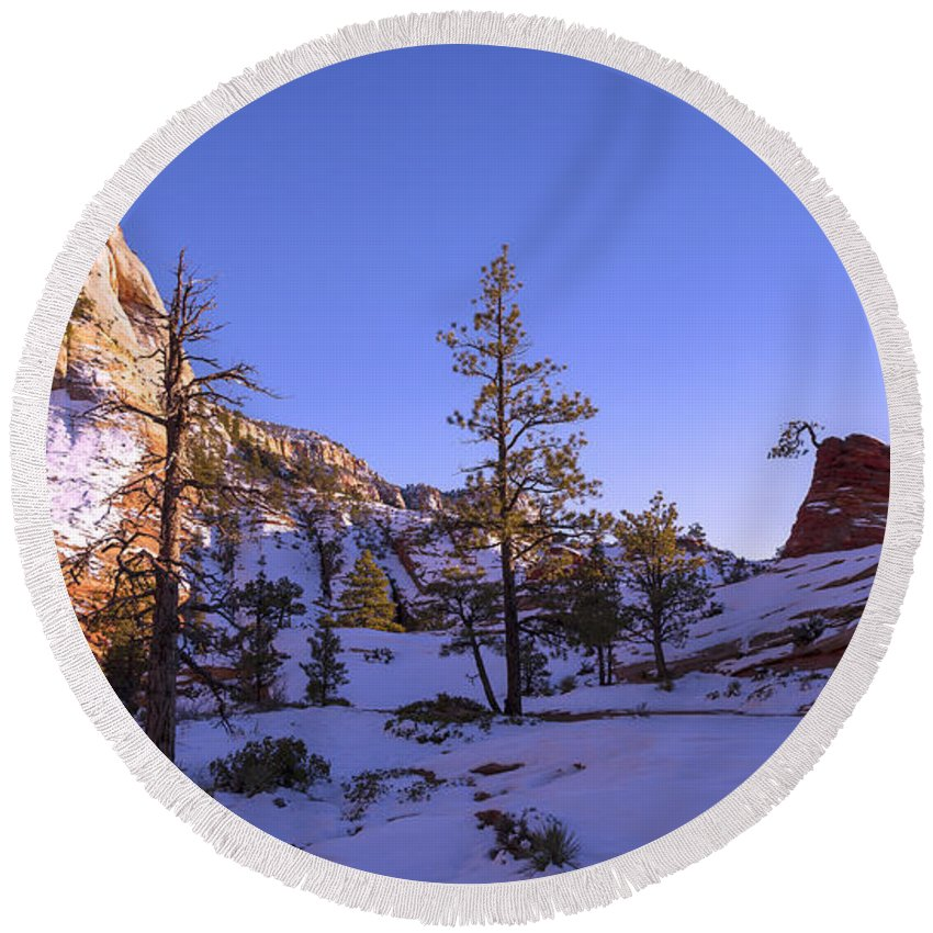 Zion Round Beach Towel featuring the photograph Fade by Chad Dutson