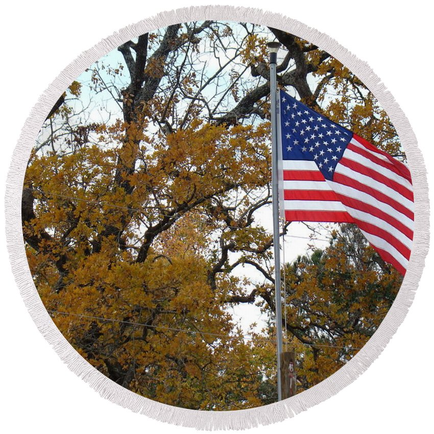 United States Flag Round Beach Towel featuring the photograph Fall In America by Michael MacGregor