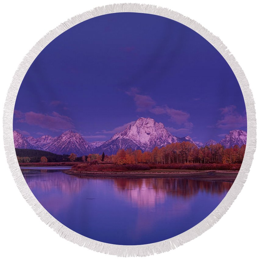 Dave Welling Round Beach Towel featuring the photograph Fall Sunrise Grand Tetons National Park Wyoming by Dave Welling