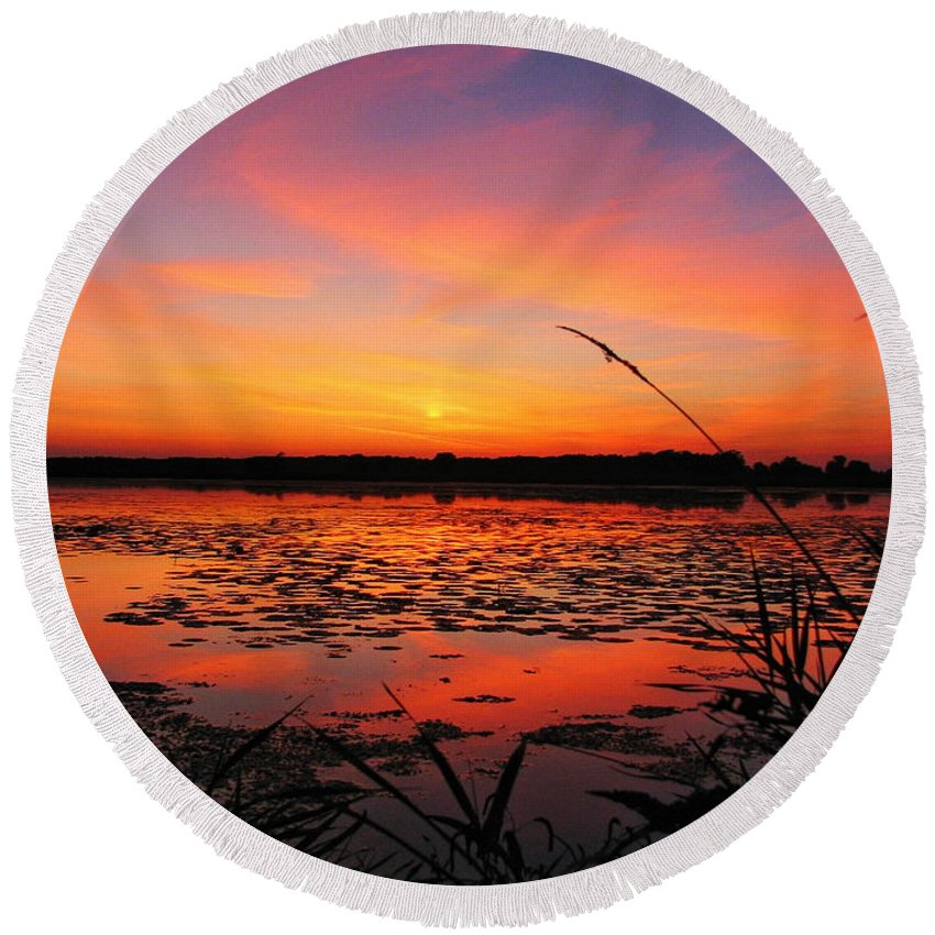 Autumn Round Beach Towel featuring the photograph Fall Sunset In The Mead Wildlife Area by Dale Kauzlaric