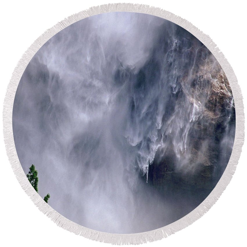 Waterfall Round Beach Towel featuring the photograph Falling Water by Kathy McClure