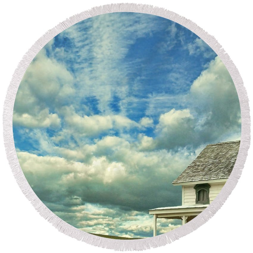 House Round Beach Towel featuring the photograph Farmhouse By Cornfield by Jill Battaglia