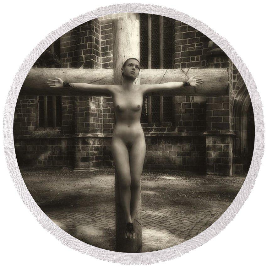 Crucifixion Round Beach Towel featuring the digital art Female Martyr by Ramon Martinez
