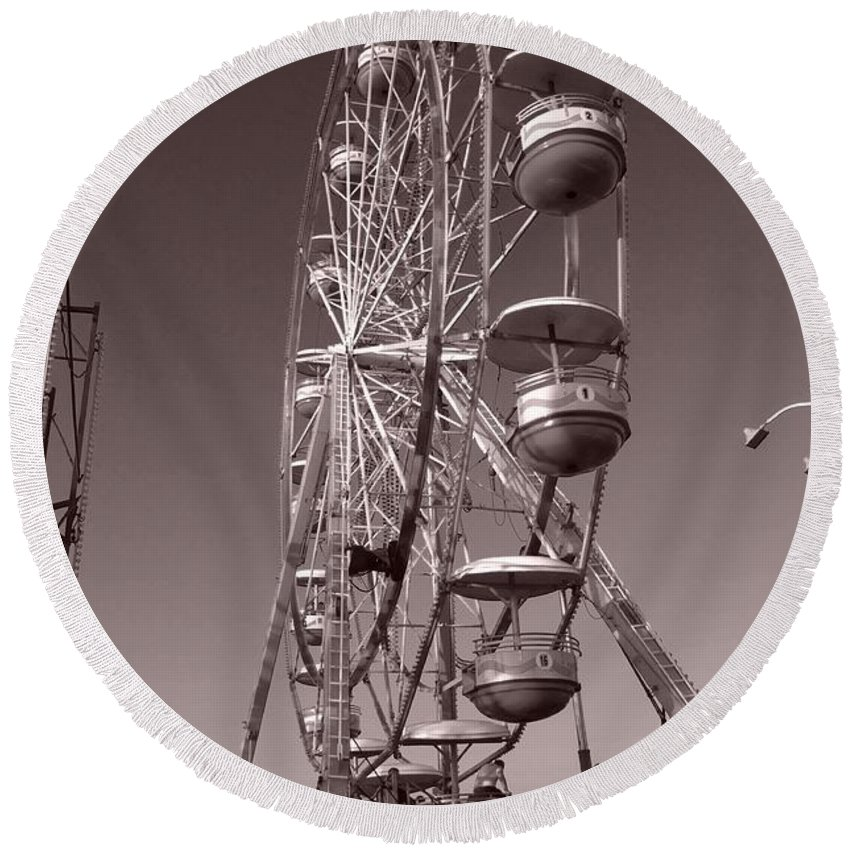 Carnival Round Beach Towel featuring the photograph Ferris Wheel 1 by September Stone