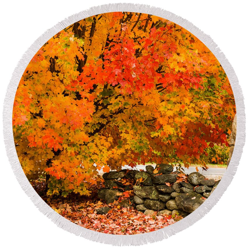 Autumn Foliage New England Round Beach Towel featuring the photograph Fiery Rock Wall by Jeff Folger