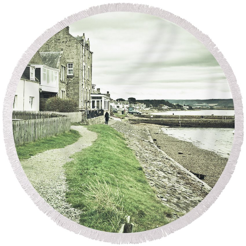 .moray Round Beach Towel featuring the photograph Findhorn Path by Tom Gowanlock