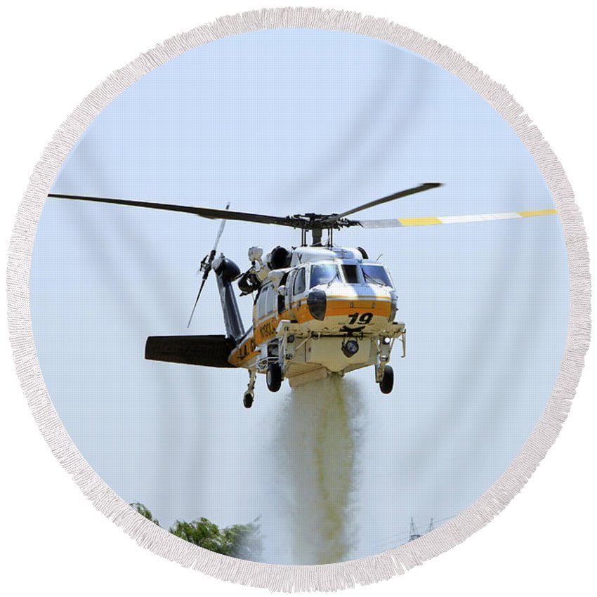 Aviation Round Beach Towel featuring the photograph Fire Hawk Water Drop by Shoal Hollingsworth
