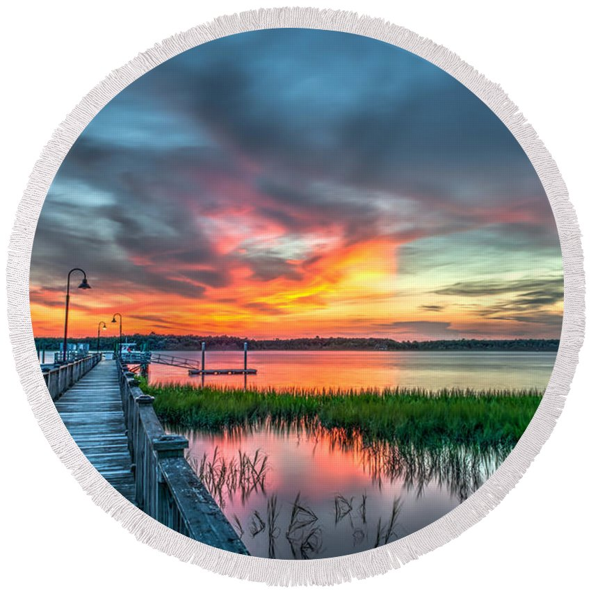 Sunset Round Beach Towel featuring the photograph Fire Light by Dale Powell