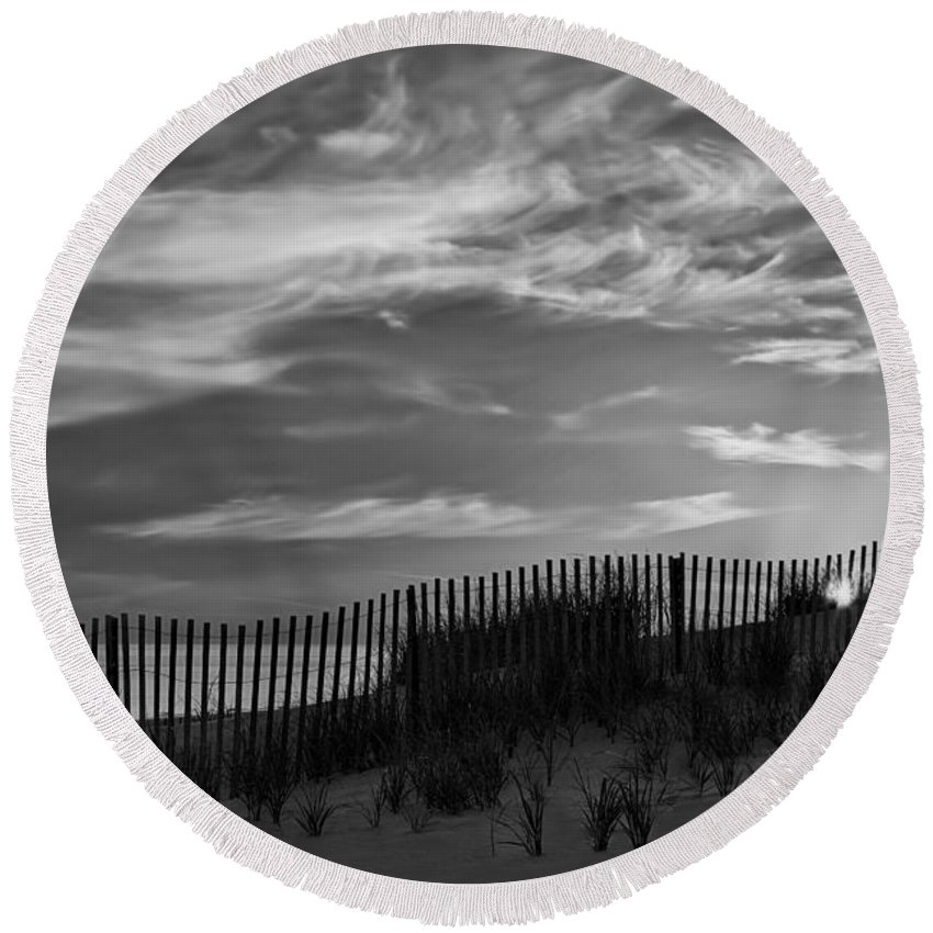 Cape Round Beach Towel featuring the photograph First Light At Cape Cod Beach Bw by Susan Candelario