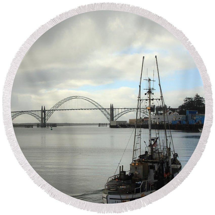 Yaquina Bay Bridge Round Beach Towel featuring the photograph Fisherman At Newport Bay In Oregon II by Athena Mckinzie