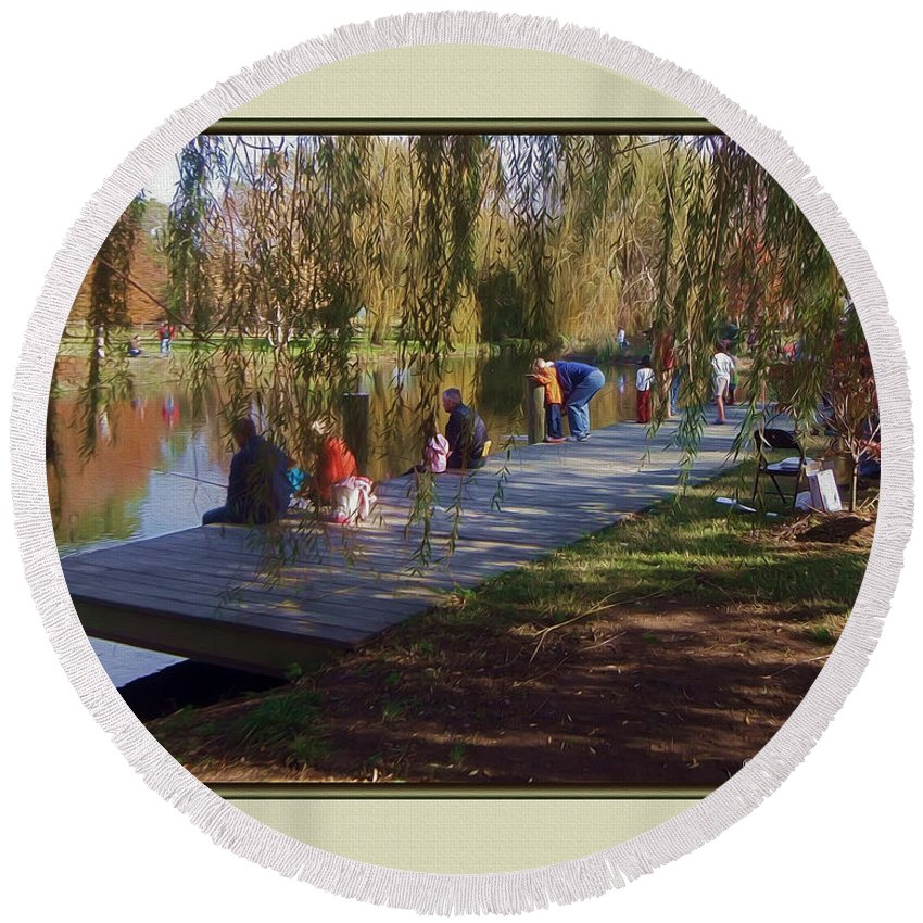 2d Round Beach Towel featuring the photograph Fishing Contest - Easton Waterfowl Festival by Brian Wallace