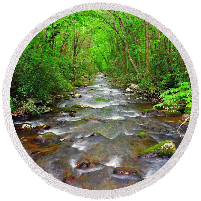 River Round Beach Towel featuring the photograph Flowing by David Lee Thompson