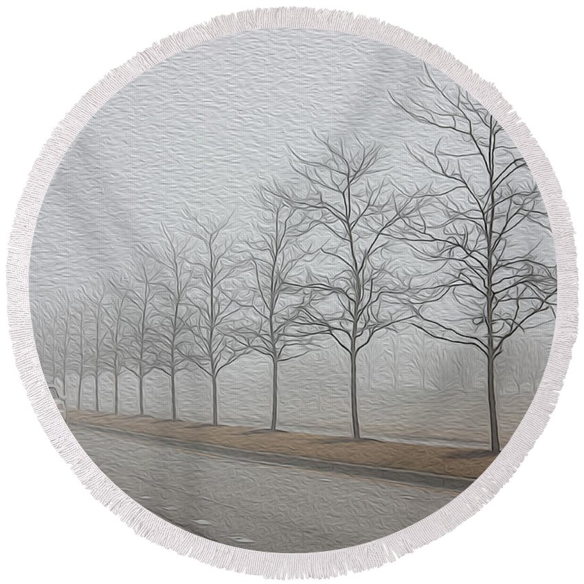 Fog Round Beach Towel featuring the photograph Foggy January by David Bearden