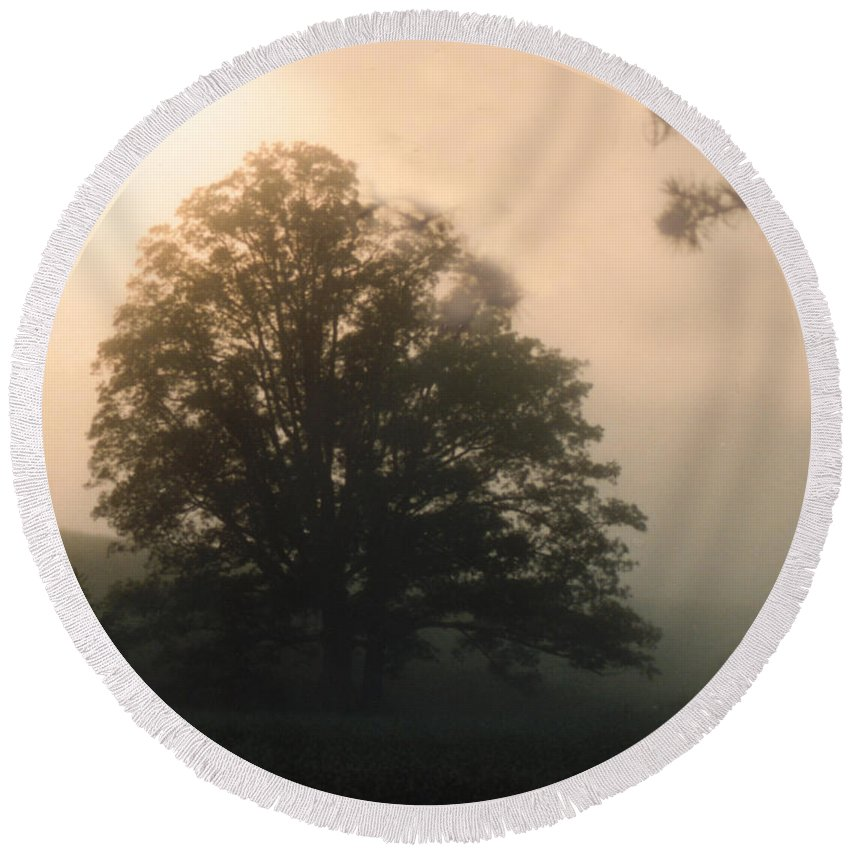 Sunrise Round Beach Towel featuring the photograph Foggy Morning by Norman Johnson