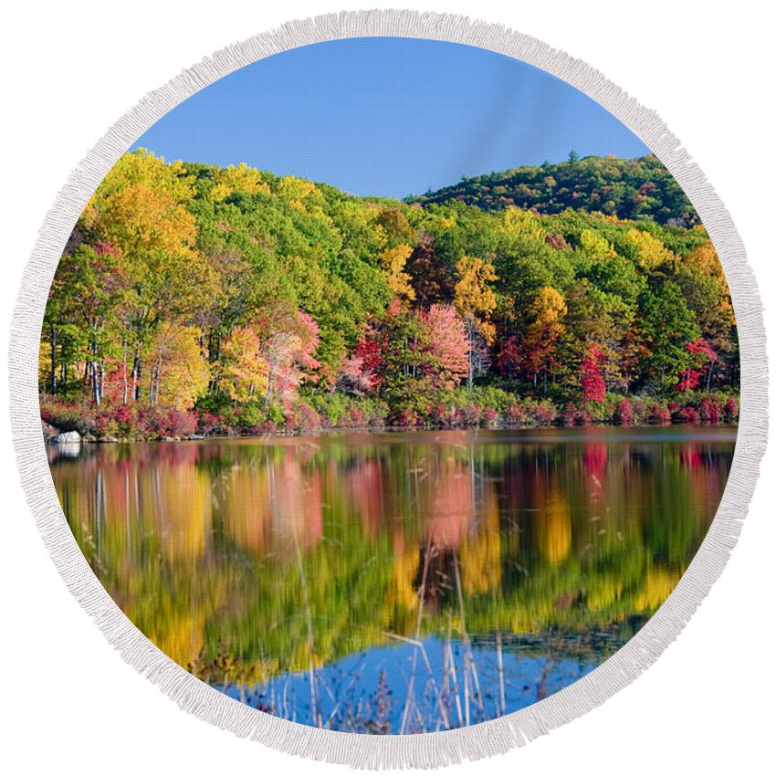 Lake Round Beach Towel featuring the photograph Foilage In The Fall by Anthony Sacco