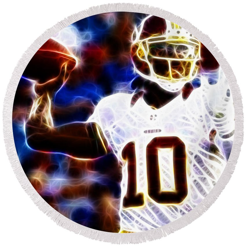 Rg3 Round Beach Towel featuring the photograph Football - Rg3 - Robert Griffin IIi by Paul Ward