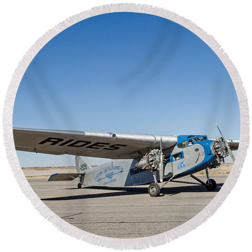 Airplane Round Beach Towel featuring the photograph Ford Tri-motor Taxiing by Allen Sheffield