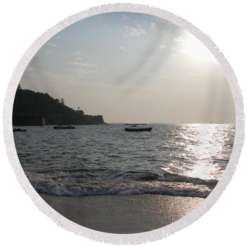 Goa Round Beach Towel featuring the photograph Fort Aguada Beach by Mini Arora