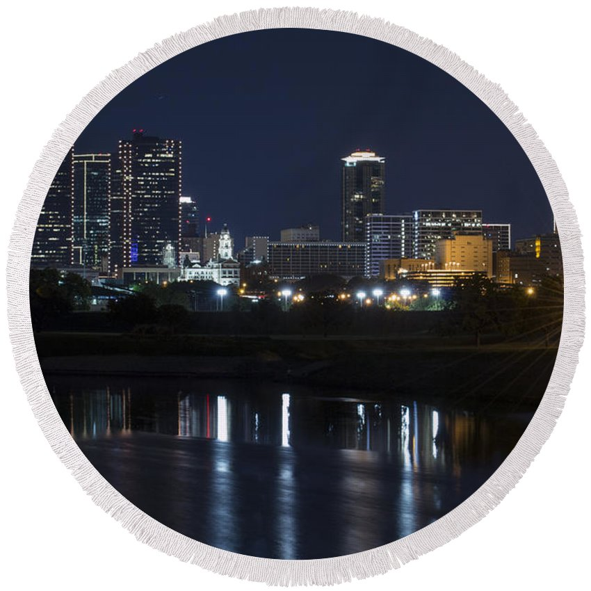Fort Worth Skyline Round Beach Towel featuring the photograph Fort Worth Skyline Super Moon by Jonathan Davison