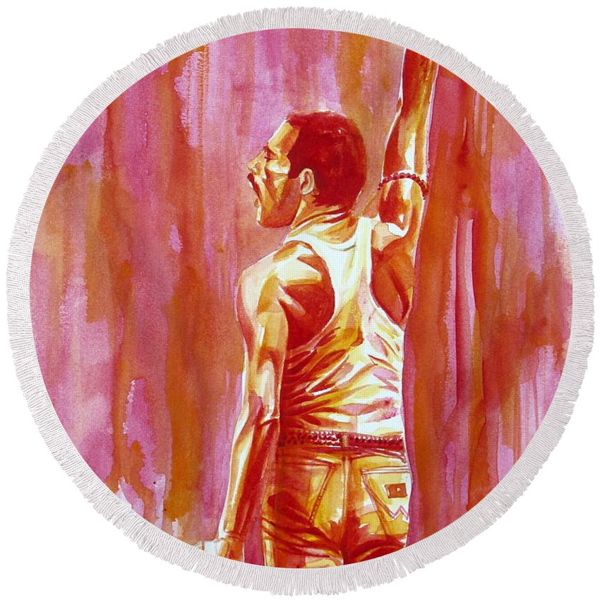 Mercury Round Beach Towel featuring the painting Freddie Mercury Singing Portrait.3 by Fabrizio Cassetta