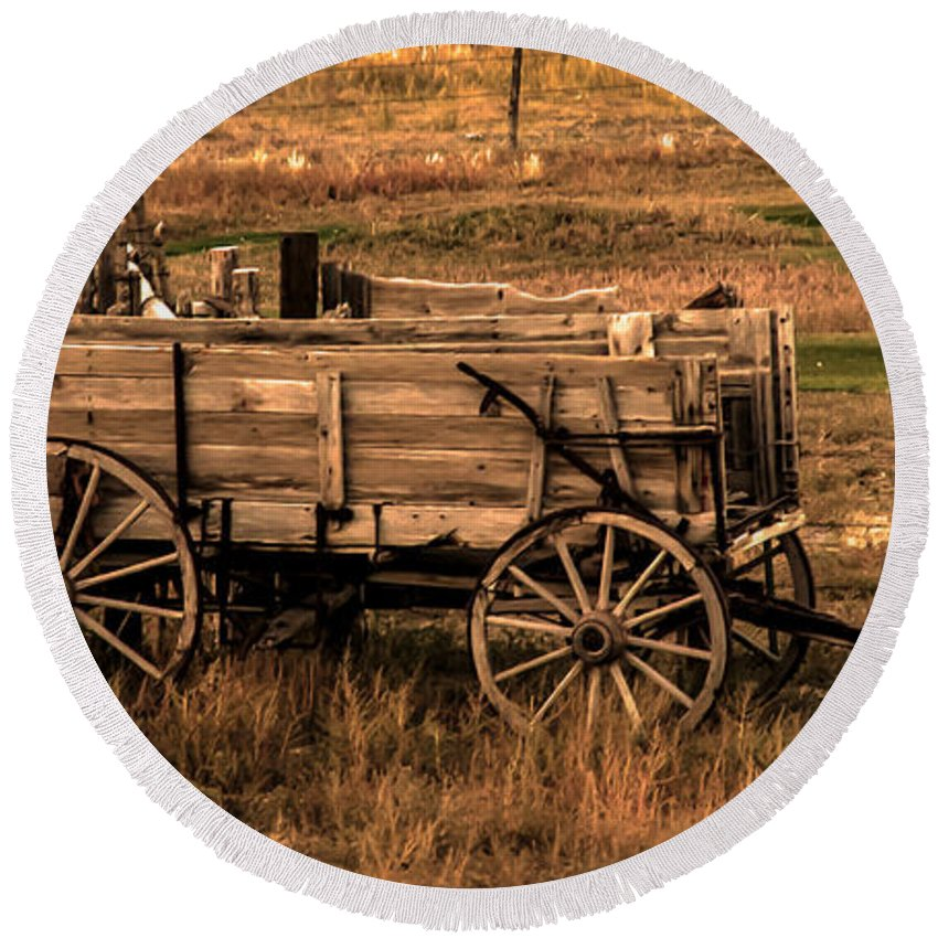 Freight Wagon Round Beach Towel featuring the photograph Freight Wagon by Robert Bales