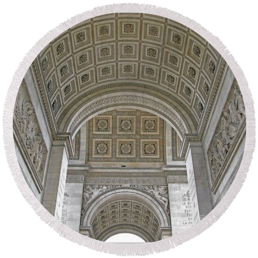 Arc De Triomphe Round Beach Towel featuring the photograph French History by Ann Horn