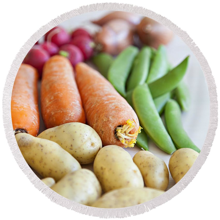 Onion Round Beach Towel featuring the photograph Fresh Organic Vegetables by Sophie McAulay