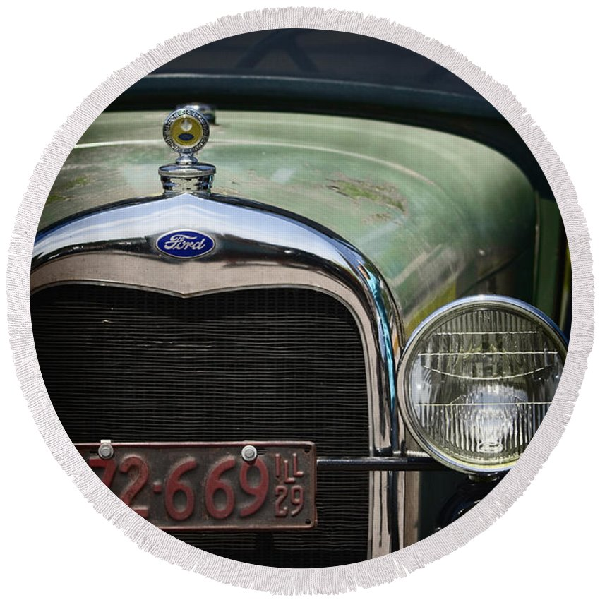 Detail; Old; Car; Vintage; Auto; Automobile; Green; Grill; Vehicle; Antique; Transportation; Parked; Ford; Model A; Window; Light; License; Illinois; 1920s Round Beach Towel featuring the photograph Front End by Margie Hurwich