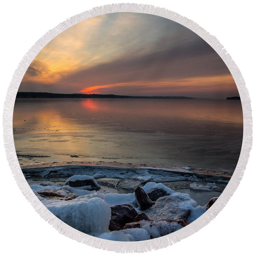 Frozen Round Beach Towel featuring the photograph Frozen Lewis And Clark Lake by Aaron J Groen