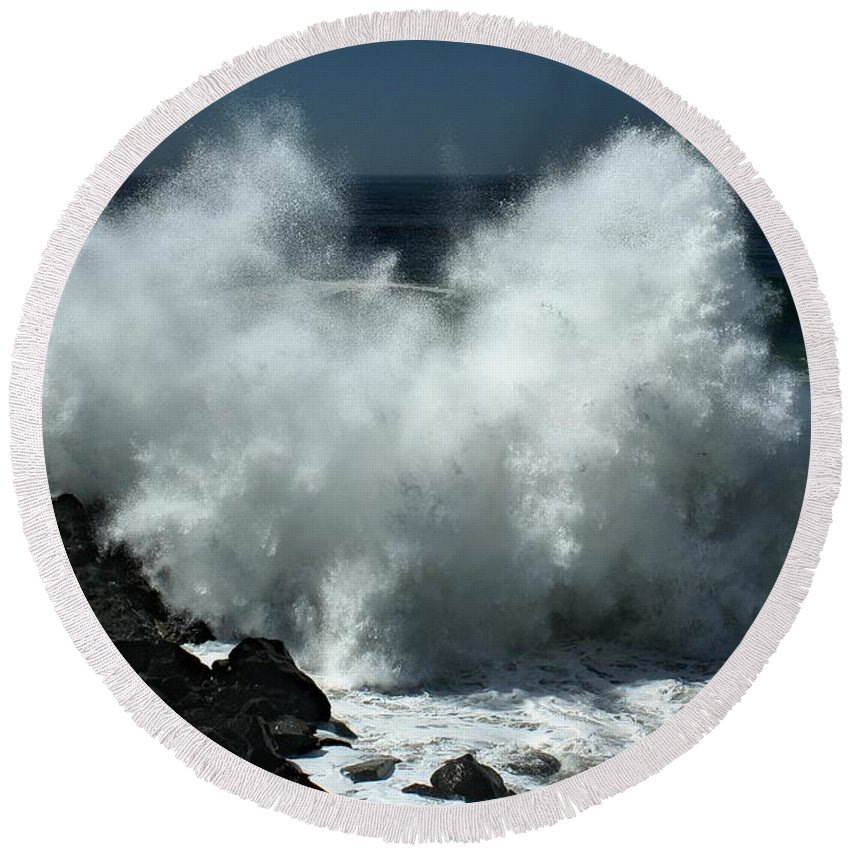 Hurricane Round Beach Towel featuring the photograph Fury Of Maruie by Michael Gordon