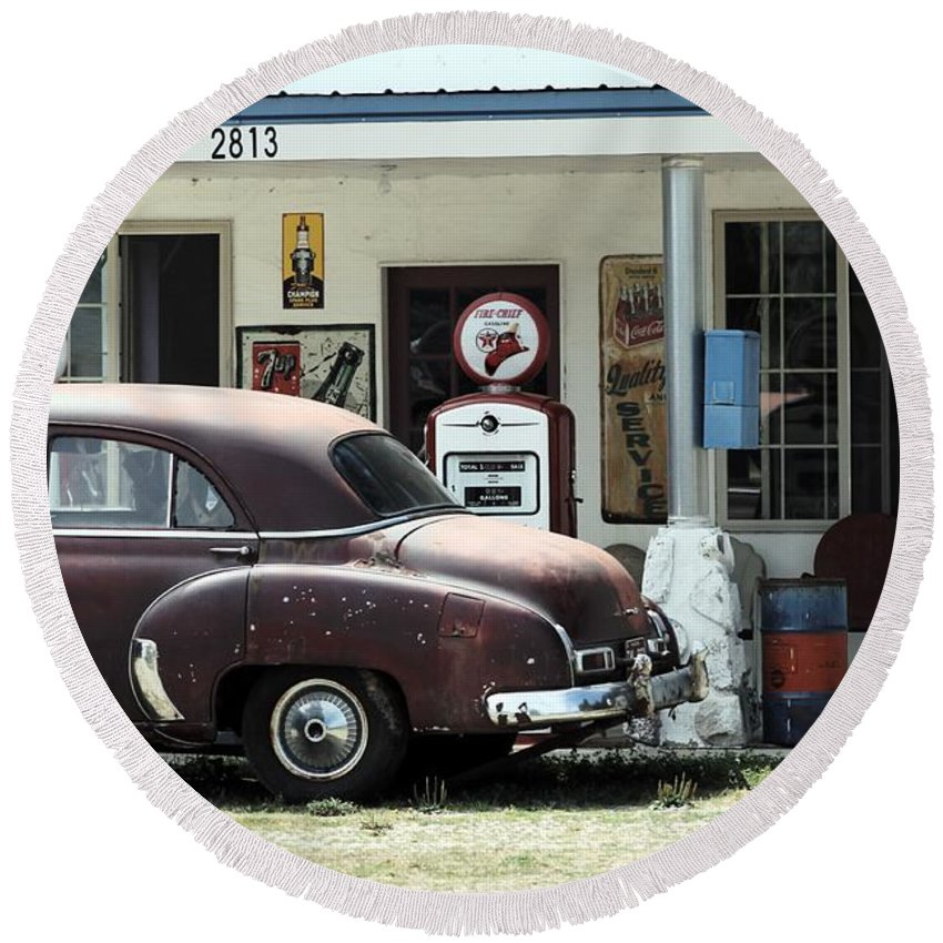 Michigan Round Beach Towel featuring the photograph Gas Station by Wendy Gertz