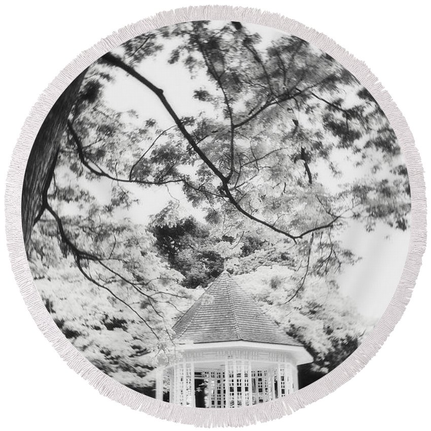 Photography Round Beach Towel featuring the photograph Gazebo In Monochrome by Ivy Ho