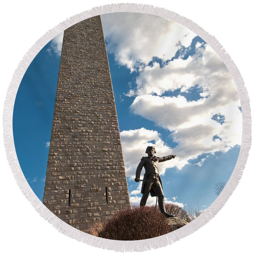 general John Stark At The Bennington Battle Monument Round Beach Towel featuring the photograph Gen. John Stark At The Bennington Battle Monument by Paul Mangold