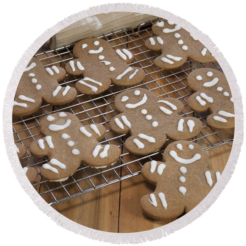 Baked Round Beach Towel featuring the photograph Gingerbread Man Cookies by Juli Scalzi