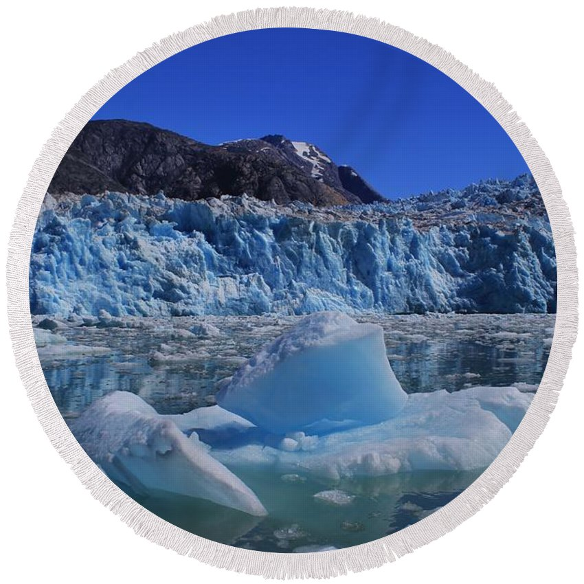 Ice Round Beach Towel featuring the photograph Glacier And Ice by Mo Barton