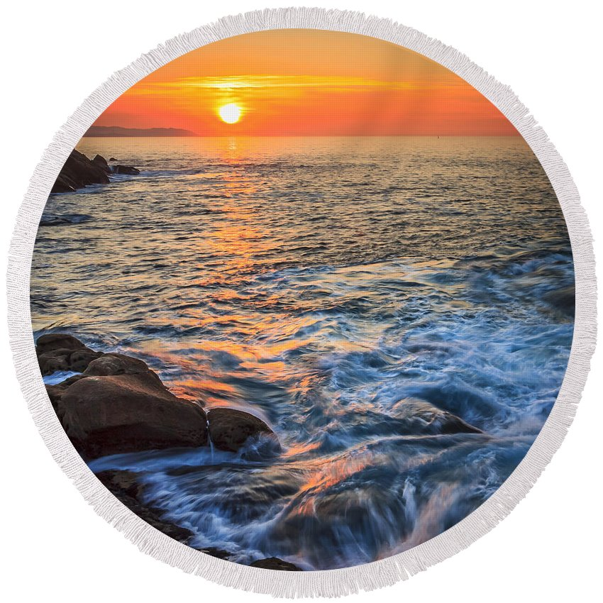 Sunset Round Beach Towel featuring the photograph Gleaming Fire At Coitelada Galicia Spain by Pablo Avanzini