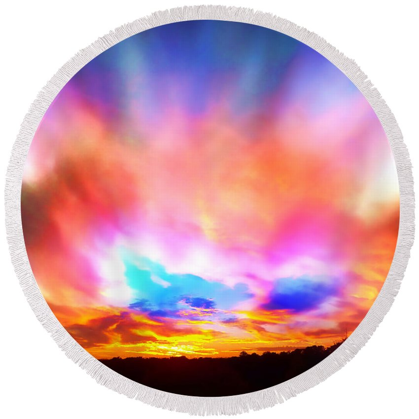 Beautiful Sunsets Round Beach Towel featuring the photograph Glory Sunset by Patricia L Davidson