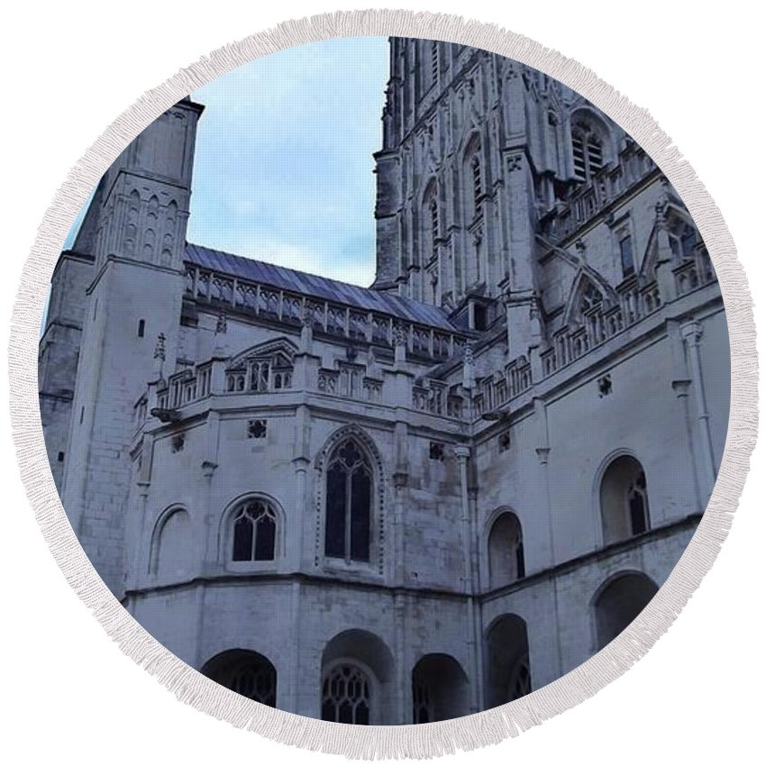 Gloucester Cathedral Round Beach Towel featuring the photograph Gloucester Cathedral 2 by John Williams