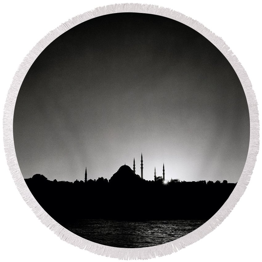 Istanbul Round Beach Towel featuring the photograph Golden Horn by Shaun Higson