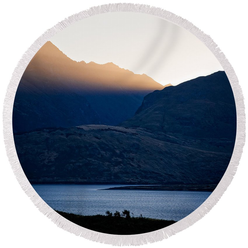 New Zealand Round Beach Towel featuring the photograph Golden Rays by Dave Bowman
