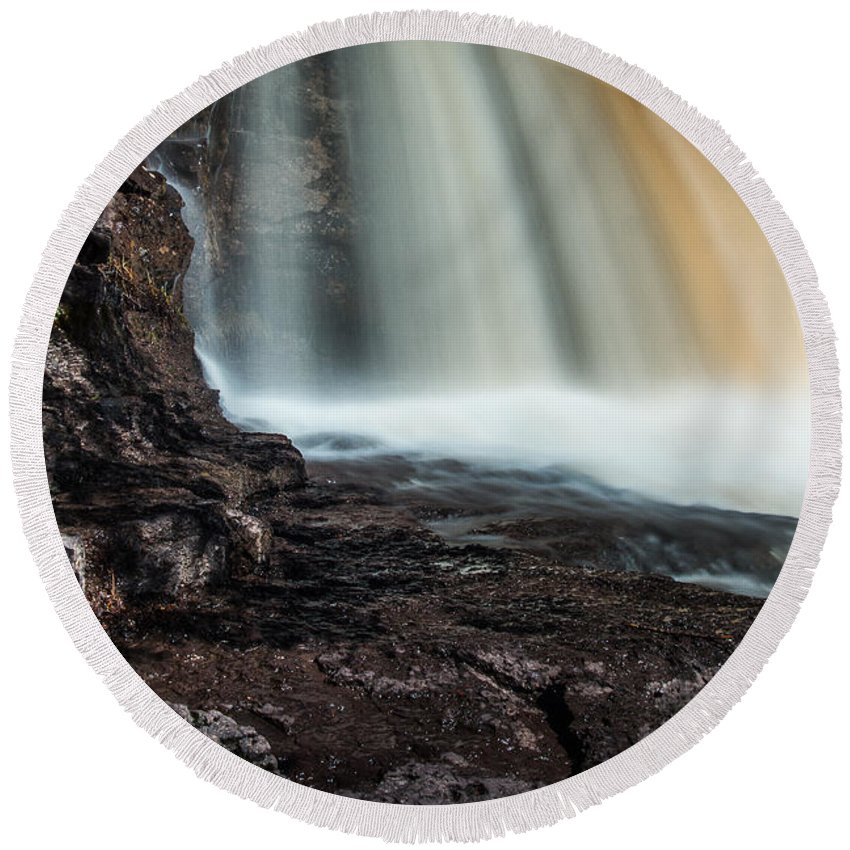 Gooseberry Falls Round Beach Towel featuring the photograph Gooseberry Falls by Joan Wallner