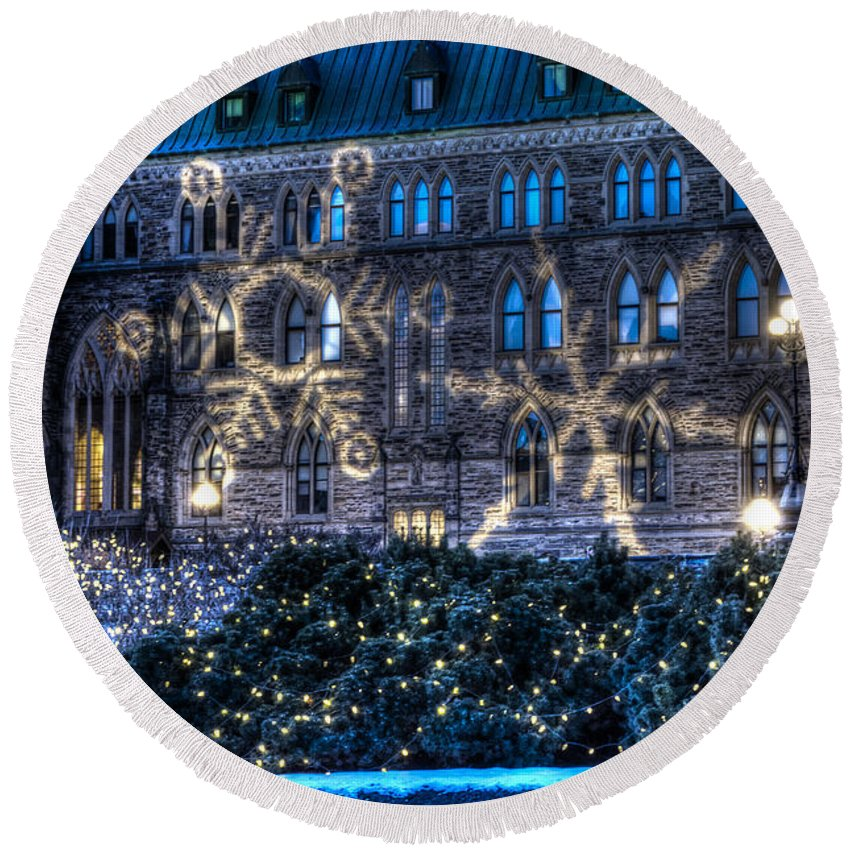 Parliament Hill Round Beach Towel featuring the photograph Gothic Snowflakes by Joshua McCullough